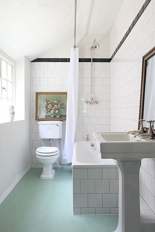 white subway tile, light locations / sfgirlbybay