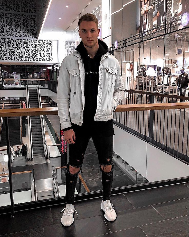 Style by @nilskretschmer_ Yes or no? Follow @mensfashion_guide for dope fashion posts! #mensguides #mensfashion_guide