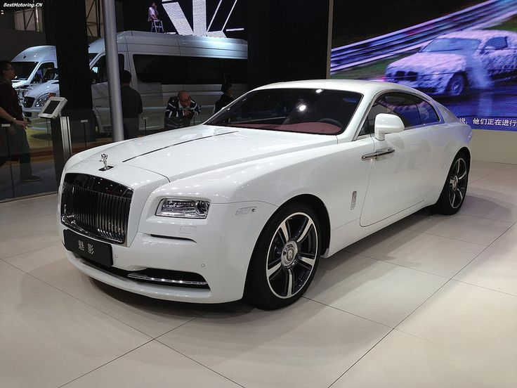 Rolls-Royce Wraith made near midhurst at the amazing factory in goodwood.