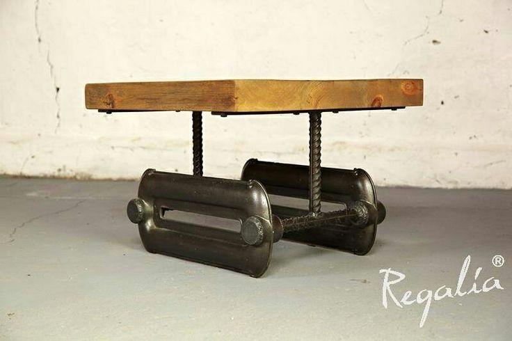Meble industrialne  #regaliapolskamanufaktura #staredrewno #oldwood #wooden #meble #mebledrewniane #meblenawymiar #staradeska