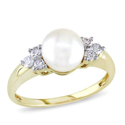 7.0 - 7.5mm Akoya Cultured Pearl and 1/5 CT. T.W. Diamond Tri-Sides Ring in 14K Gold