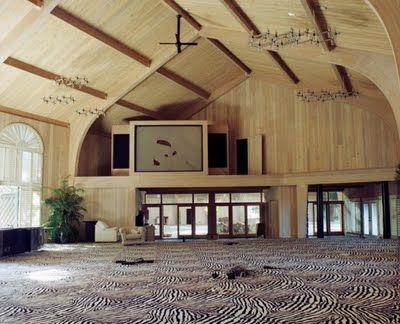 Mike Tyson's Abandoned Mansion    superschwul.blogspot.com