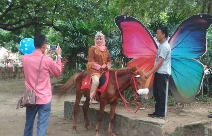 Fasilitas Di Kebun Binatang Surabaya