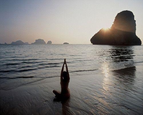 Yoga inspiration. Beautiful #goodmorning #namaste #YoYSpirit