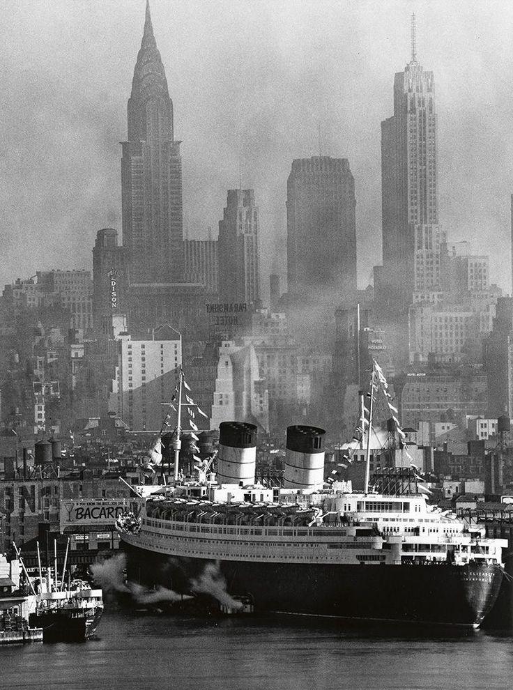 THE QUEEN ELIZABETH: The palatial Ocean Liner at her NYC berth ...