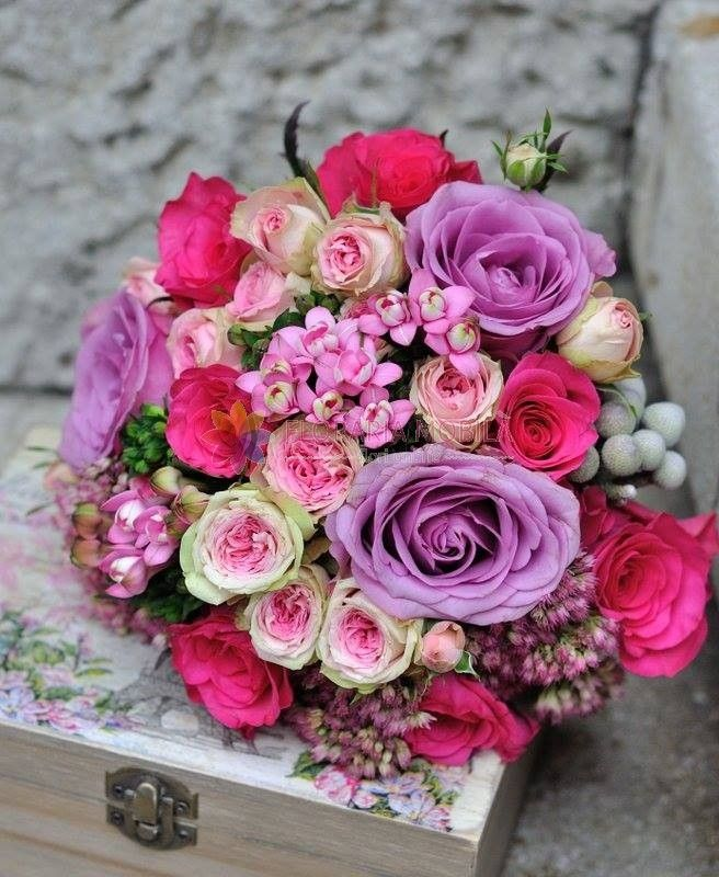 buchete de mireasa din tros si bouvardia / roses wedding bouquet
