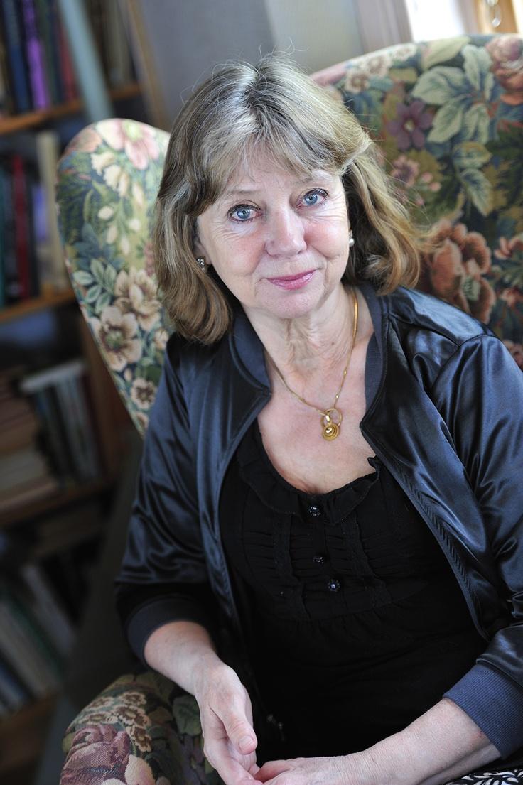 Ylva Eggehorn, född 1950, är poet, författare och skribent med ett 30-tal böcker bakom sig, senast En vän från himlen, En helt annan sång och Älskade Dietrich, Käraste Maria.