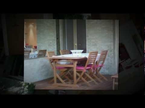 http://www.youtube.com/watch?v=72K_vKgXyro  Location appartement vacances Cannes la Croisette, face à Port Canto. 2 pièces spacieux avec de superbes prestations, en rez de chaussée avec terrasse et jardin verdoyant.