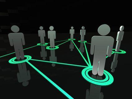 """Szybkie Wyniki w biznesie / Bartek Popiel   Z pakietu szkoleń """"Szybkie Wyniki w biznesie"""" dowiesz sie jak szybko zwiększyć zyski, dzięki sprawdzonemu systemowi, który przyciągnie do Twojej firmy lawinę klientów oraz poznasz sposób, dzięki któremu zbudujesz sieć bogatych kontaktów i relacji biznesowych"""