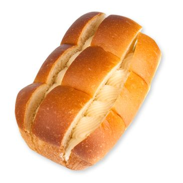 부드러운 빵속에 상큼한 요구르트 크림이 듬뿍담긴 제품