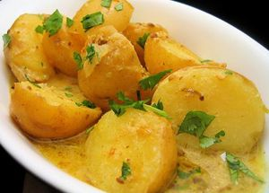 Ugandan Curried Potatoes | Dining for Women
