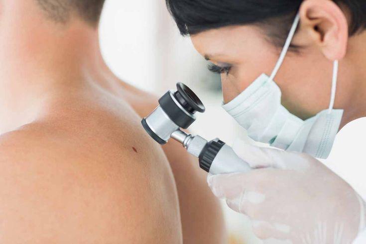 Veel mensen merken de vroege signalen voor kanker niet op of negeren ze, en alle deskundigen zijn het erover eens: ga naar de dokter voor het te laat is!