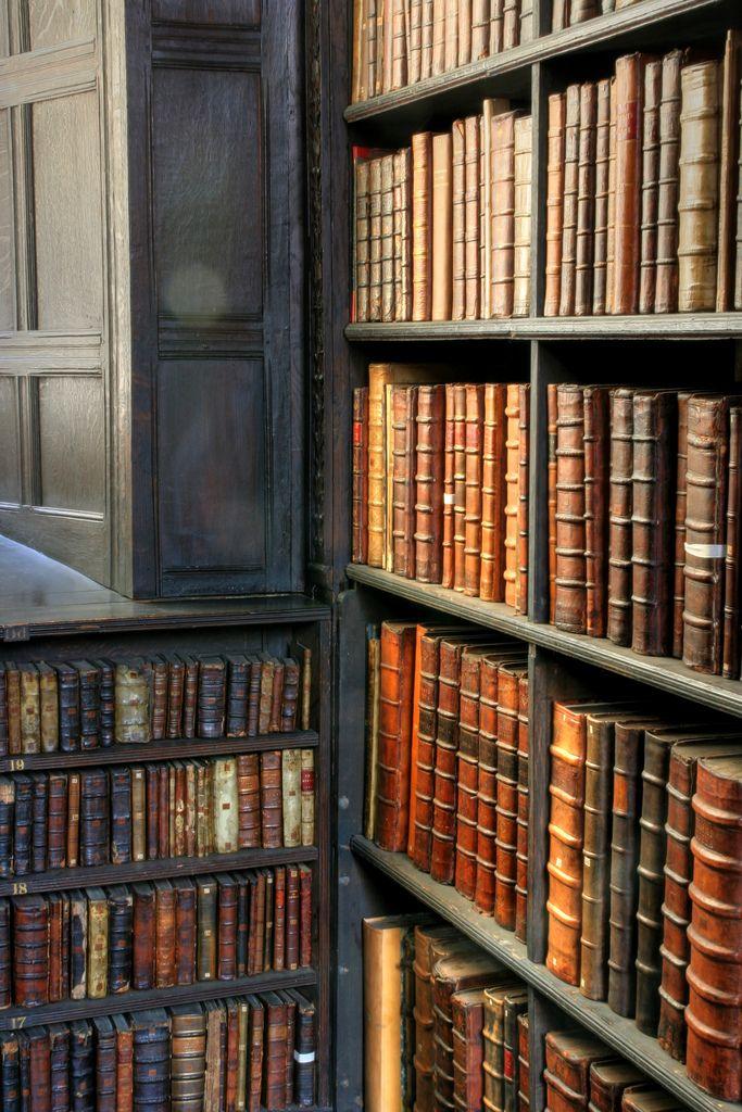 St John's College Old Library, Cambridge University - Corner Shelf (by ben.gallagher)
