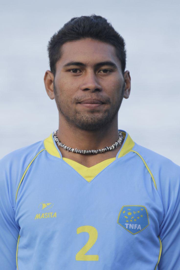 Kolone Pokia is een Tuvaluaans voetballer die uitkomt voor Tofaga.