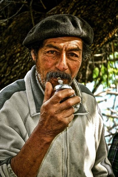 El hombre más interesante del mundo/The most interesting man in the world   By Tammy Frances    2nd Patagonia Photo Contest - Category: Travel & Culture/Viajes & Cultura