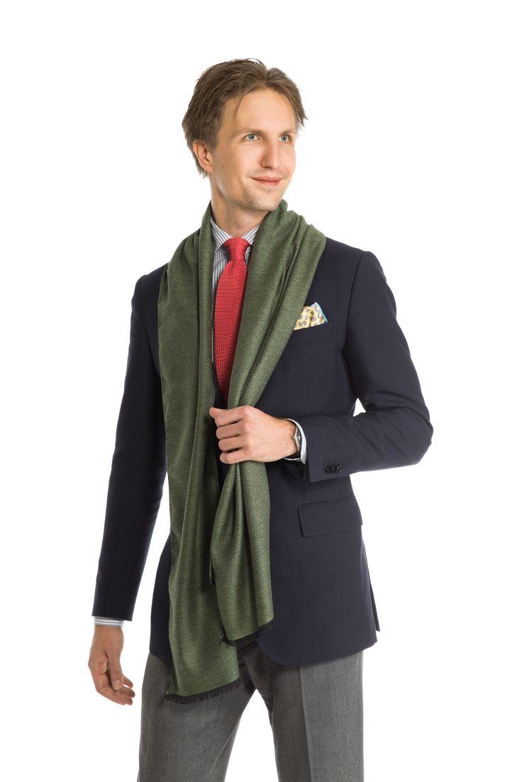 Tuukka Simonen / Herrainpukimo wearing a Holland & Sherry fabric blazer and Vitale Barberis Canonico flannels.