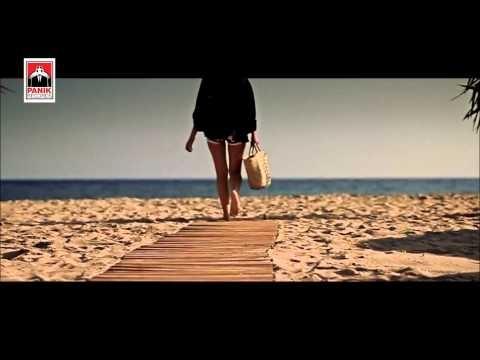 DEMY Πόσες χιλιάδες καλοκαίρια (remix mashup)
