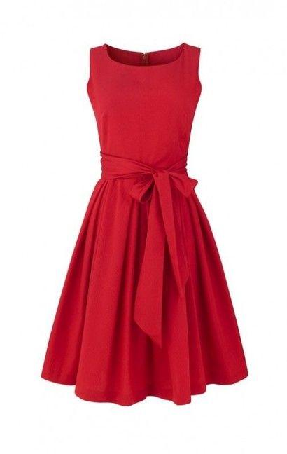 Czerwona sukienka koktajlowa