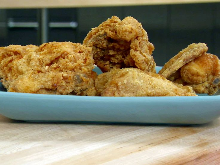 Fried chicken recipe buttermilk bobby flay for Table 52 buttermilk fried chicken recipe