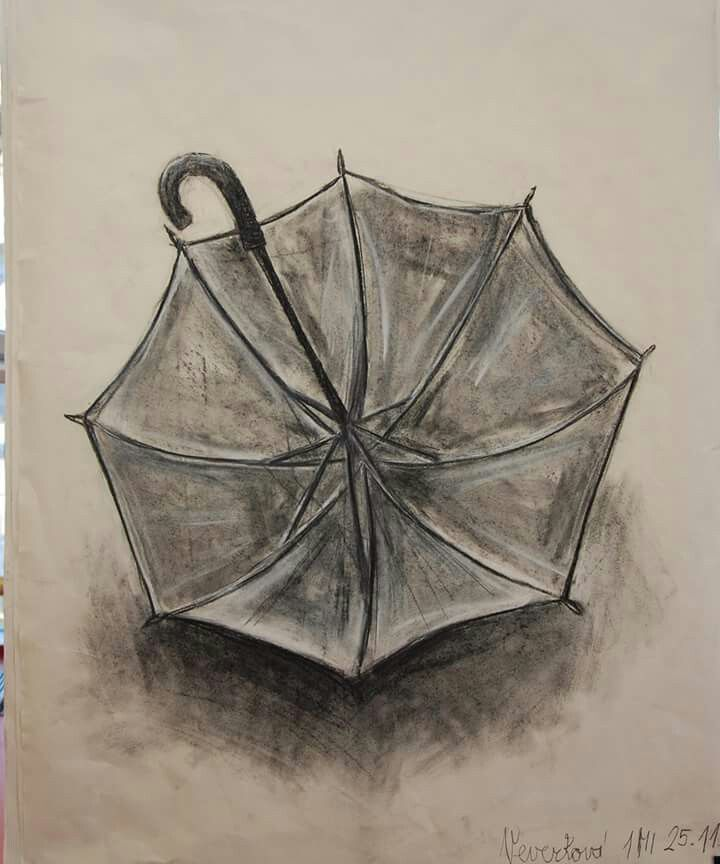 Deštník - studijní kresba (přírodní uhel a pastel)