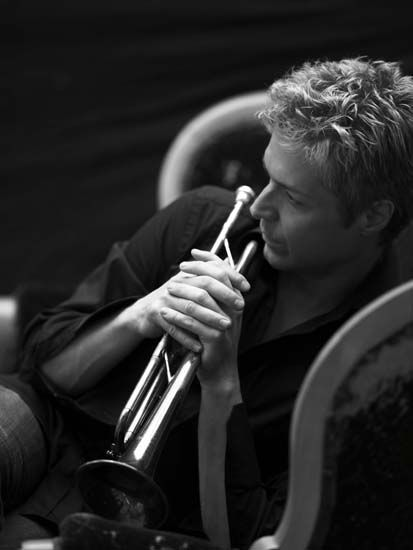 """LISTEN TO THIS IMMEDIATELY: """"Emmanuel"""" Chris Botti feat. Lucia Micarelli  in Boston. Youtube video posted by Brian Chewie."""