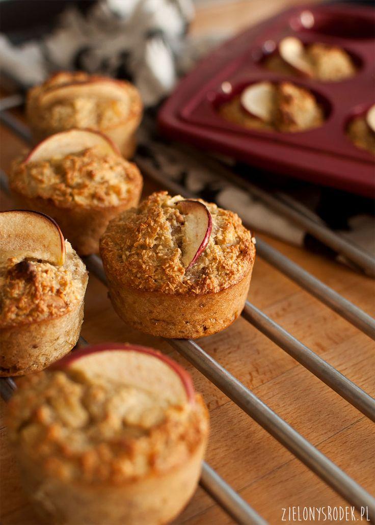 muffiny jabłkowe z kokosem i orzechami (bez mąki i cukru)