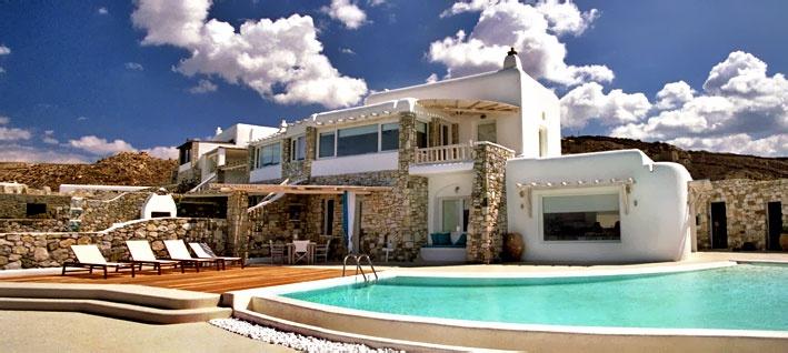 House for rent in Mykonos  www.luxurysolutionsco.com