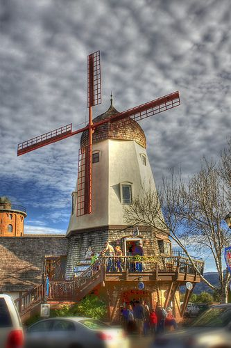 This windmill is not located in the Netherland... it is in Solvang, CA. (photoacumen, via Flickr)