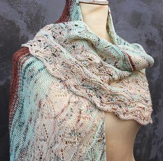 Månafoss Wrap by HELLE SLENTE DESIGN | lace knitting | shawl | scarf
