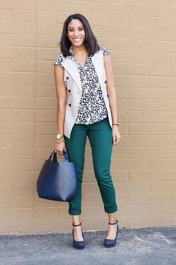 I've been wanting hunter green pants for years-- I could only ever find trouser cut cords and I ended up giving them away because I really wanted skinny jean version. Almost bought a pair at H & M and then I have lunch with @Liz Tripp and she's rocking super fly dark green pants. MUST HAVE.   (pic is from fabulouslyaverage.tumblr.com)