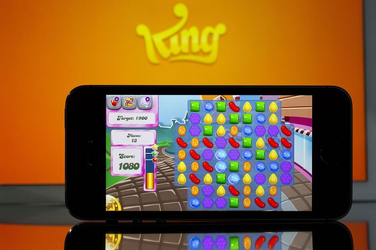 Candy Crush Maker King Surges Most Since IPO on New Game Sales - BLOOMBERG #CandyCrush, #King, #Zynga