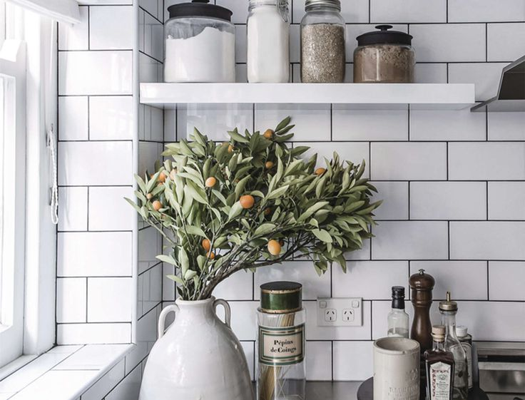 The Kitchen & Pantry Detox Guide