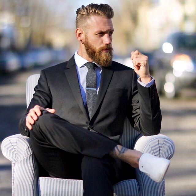- THE MEN BOOK - suit sneaker beard tattoo