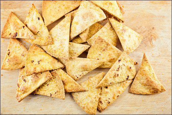 Healthy Baked Cheezy Garlic Corn Chips | 18 Delicious Homemade Chips That Are Actually Healthy