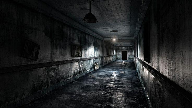 Corridor ( http://iliadic.com/portfolio/?p=189, 2014 )