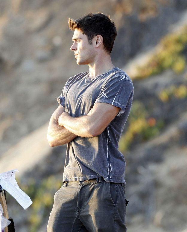Pensive stare: | Pull Up A Chair, Sit Down, And Look At These Pictures Of Zac Efron Shirtless Right Now