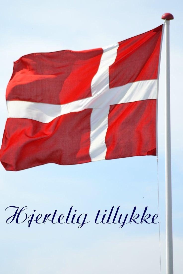 Hjertelig tillykke. Fødselsdag. Dannebrog. Flag