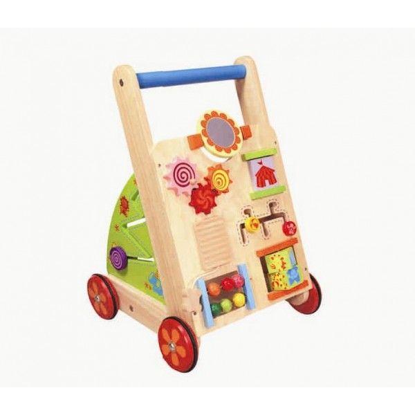 Deze Im Toy Activity Walker (IM87300) zal uw kind helpen bij het zetten van de eerste stapjes en stimuleren de speelactiviteiten de ontwikkeling van het handoogcoordinatie. Deze stoere loopwagen multi zit vol met leuke fleurige speelactiviteiten, zoals draaien, schuiven en sorteren. Afmetingen 34 x 34 x 50cm. Leeftijd 12 mnd.+