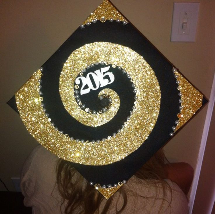 Golden Swirl. Circle in motion. Decorated Grad cap for UCF business class of 2015