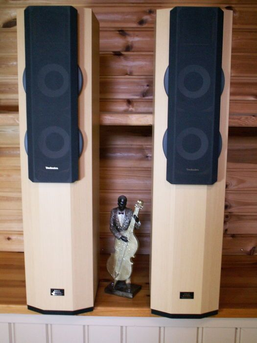 Nu in de #Catawiki veilingen: Zeer mooie en goed klinkende SPEAKERS: TECHNICS SB-CA21.