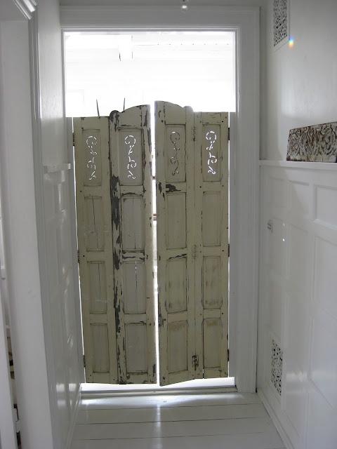 120 best saloon doors images on pinterest bathroom doors for Interior swinging kitchen doors