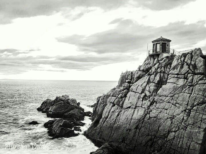 Camino costero. Concón, V región de Valparaíso. Chile
