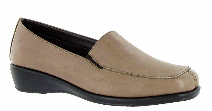 Ladies Shoe Tree Shoes
