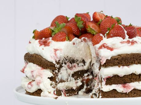 Juicy strawberry cake