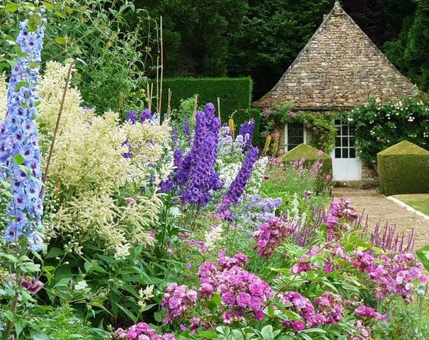 413 best Beautiful Gardens images on Pinterest Gardens