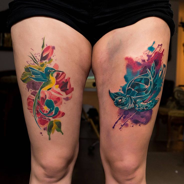 Минимонополия,я оккупировала обе ноги😂 #татуировка #тату #inktattoo #ink #tattooink ##tattoo #warszawa  #poland #ukraina #dirtylust #warszawdirtylust #tattoocolor #tattoocolorfull #art  #tattoowatercolor #watercolor #watercolortattoo #aqwarelle