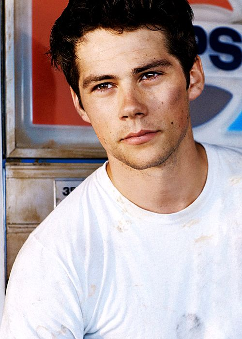 Dylan O'Brien for Teen Vogue (september 2014) I have this cut out of the magazine and taped up in my dorm room lol