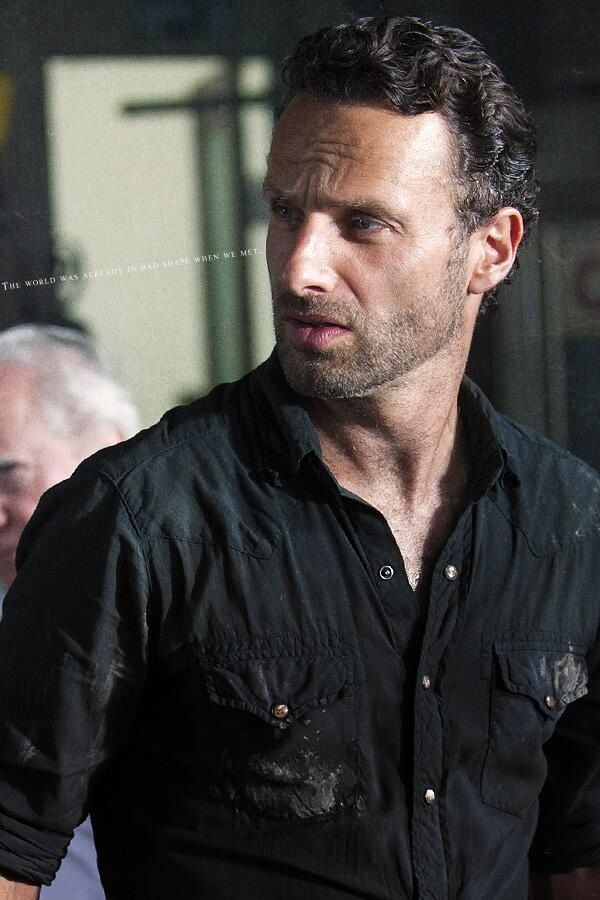 great pic of andrew lincoln as rick grimes.