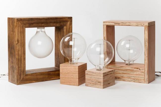 Fiumine, iluminación hecha a mano con materiales reciclados.