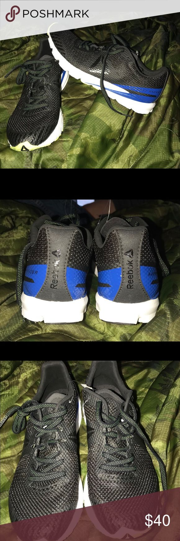Reebok shoes New, never wore Reebok Shoes Athletic Shoes